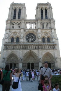 Daddy and girls in front of Notre Dame