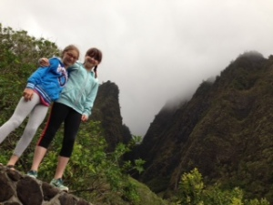 girls at iao needle